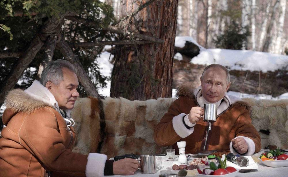 Шойгу с Путиным в Туве в марте 2021 года. Источник kremlin.ru